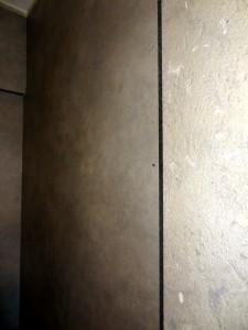 Fusteria Ebenisteria Eben Andorra. Crta. de la Comella, 31 – Nau nº 2 del Ribal. AD500 Andorra la Vella. Principat d'Andorra. A Fusteria Eben Andorra fem portes d'entrada en tauler estratificat de fusta d'alta densitat Es tracta de la darrera evolució en portes d'entrada de fusta. La base és la mateixa que en les de tauler impermeable els panells de la cara exterior son taulers estratíficats de fusta d'alta densitat de reconegudes marques. Aquest tipus de panell interiorment està constituit per fibres de paper tractades amb resines termoendurides, comprimides a altes presions i altes temperatures, amb un revestiment exterior d'alta resistència a la radiació UV i als agents atmosfèrics. Al tractar-se de panells amb la seva pròpia protecció UV no es necessita d'un tractament de vernissat de la fusta ni un manteniment periòdic. Fusteria Ebenisteria Eben Andorra. Crta. de la Comella, 31 – Nau nº 2 del Ribal. AD500 Andorra la Vella. Principat d'Andorra. Fusteria Eben Andorra fem escales interiors de fusta. La funció bàsica d'una escala és la de comunicar diversos espais situats a diferents altures. Però la seva importància, clau en la distribució, fa d'ella un element essencial de l'arquitectura del lloc i una peça escultòrica en molts casos. Servicios: Empresas Interiorismo Andorra, Carpintería Madera Andorra, Carpinteros Andorra, Ebanistas Andorra . Tot tipus de treballs de fusteria i ebenisteria, de tipus industrial i per a particulars. Mobiliari de cuina. Un amplíssim ventall d'electrodomèstics. Mobiliari de bany. Reformes integrals de vivendes. Serveis de disseny de... Servicios: Empresas Interiorismo Andorra, Carpintería Madera Andorra, Carpinteros Andorra, Ebanistas Andorra, …
